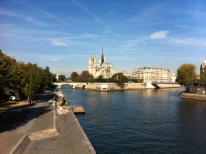 Photo of the Seine and Notre Dame Cathedral in Paris